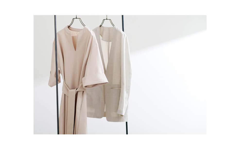 上品な大人ファッションコーデの星玲奈さん × ur'sコラボアイテム